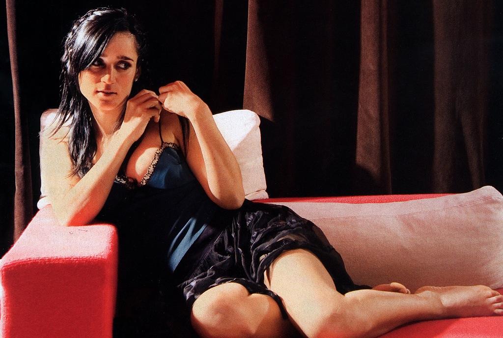 Julieta Venegas Nude 95